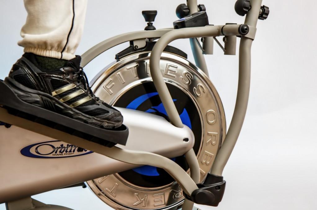 Få overskud til træning med en crosstrainer i hjemmet